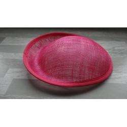 Base ovale bombée en sisal fuchsia pour chapeau/bibi de 25 cm de diamètre