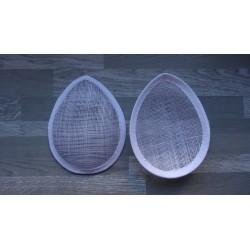 Base forme goutte bombée en sisal blanc pour chapeau ou bibi