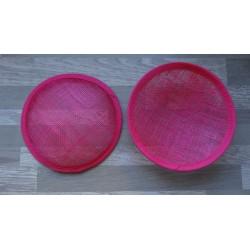 Base ronde bombée en sisal fuchsia pour chapeau ou bibi
