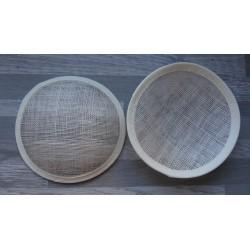 Base ronde bombée en sisal écru pour chapeau ou bibi