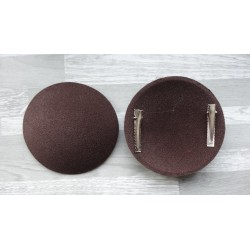 Support rond bombé cartonné en feutrine marron chocolat