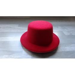 Mini chapeau style haut de forme de couleur rouge