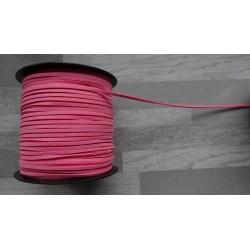 10m de suédine de 3mm de couleur Rose